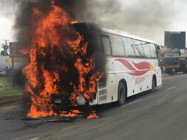 AC bus belongs kSRTC catches fire near Poonamallee in Chennai