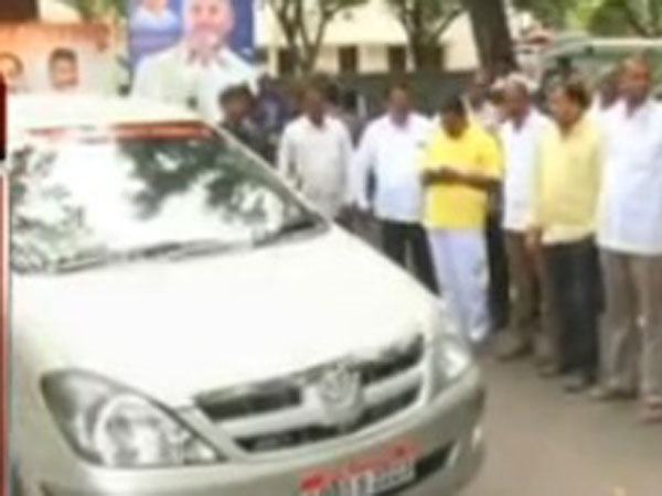 Narasimha Yadav Fires Chandrababu Naidu S Security Staff