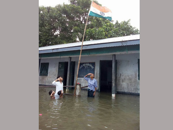 Photo Independence Day At Flooded Assam School Goes Viral