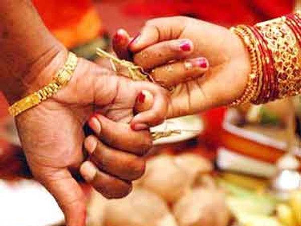 Old Couples Together Died Dharwada Karnataka