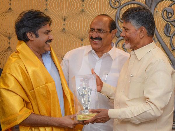 Mudragada Is Not Digesting Pawan Kalyan Chandrababu Friendship Says Narayana
