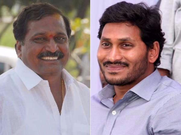 Will Shilpa Chakrapani Reddy Join Ysrcp