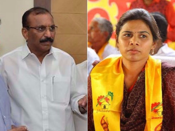 War Words Between Minister Akhila Priya Silpa Mohan Reddy