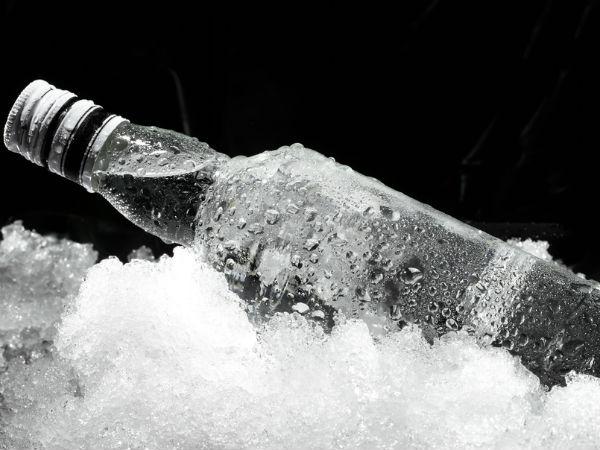 Surrey Man Drinks Shot World S Hottest Chilli Vodka Has Be Taken To Hospital