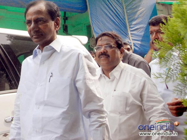 Telangana Cm Kcr Leaves New Delhi