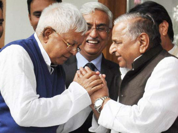 Mulayam Singh Lalu Sharad Yadav Plan Join Hands A New Fron