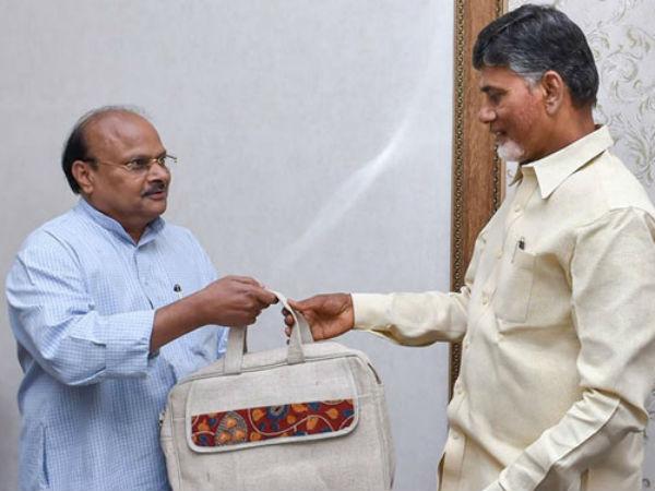 Yanamala Ramakrishnudu On Andhra Pradesh Economical Situation