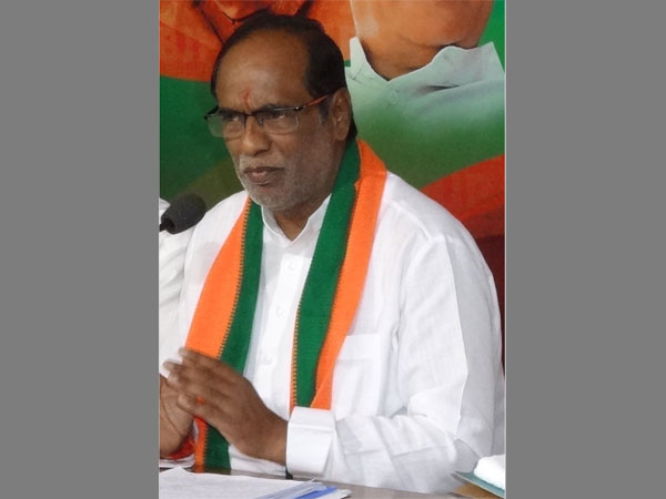 Telangana Bjp President Laxman Sensational Comments On Trs C