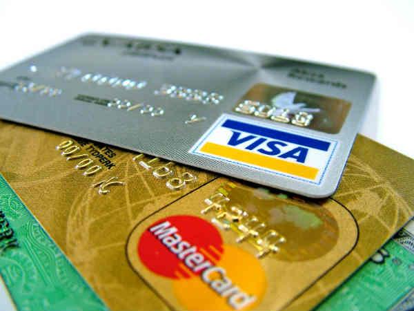 Card Fraud Man Loses Rs 87 000 After Swiping At Pune Mumbai Toll Plaza