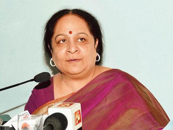 Cbi Raids Former Union Minister Jayanthi Natarajans House Chennai