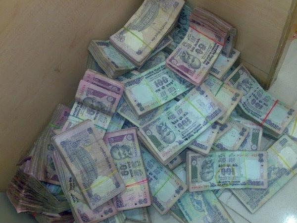 IT Department detects large 'suspicious' deposits from Tamil Nadu post-demonetisation