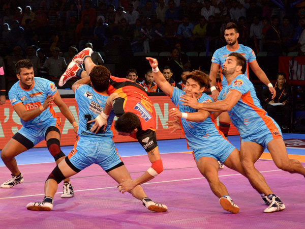 Pro Kabaddi 2017 Puneri Paltan Bengal Warriors Continue Victory Match