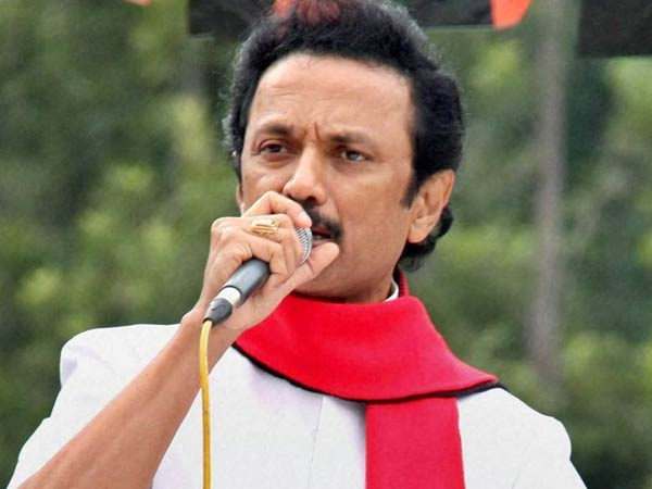 Dmk Condemns Disqualification 18 Mlas Ahead Hc Hearing
