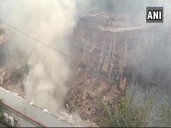 Major Fire Breaks At Rk Studio Mumbai No Casualties Reported