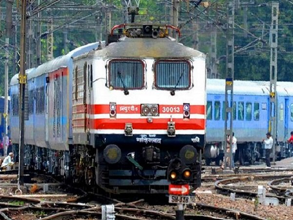 Faster Trains Cut Delhi Mumbai Travel Time 2 Hours