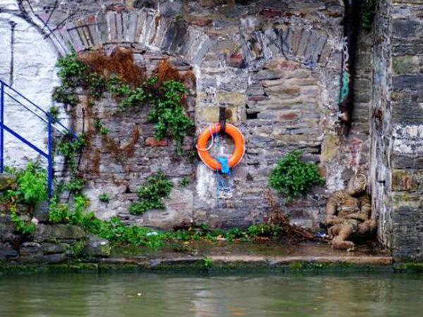 గగుర్పొడిచే రూపం: నది ఒడ్డున దాన్ని చూసి.. భయంతో హడలిపోయిన జనం