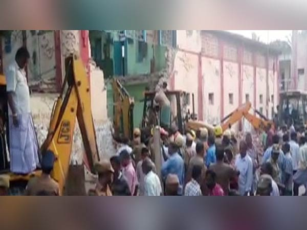 Eight Die As Portion Bus Depot Roof Collapses Tamil Nadu