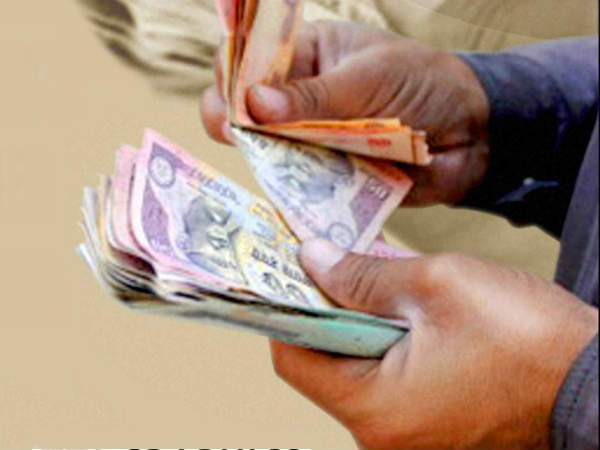 Bribe issue Assault on police near Vijayapura