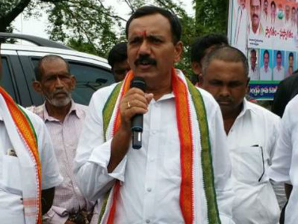 Congress leader Gandra Venkataramana Reddy fires at Speaker Madhusudana Chary.