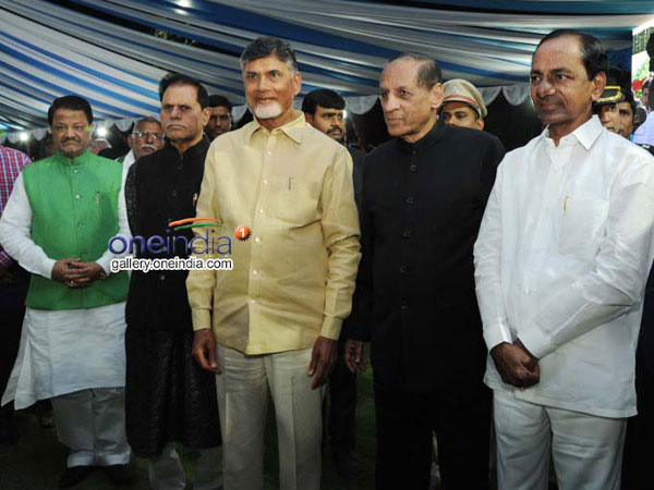 Governor Narasimhan Asking Ap Leaders About Hyderabad Vacate