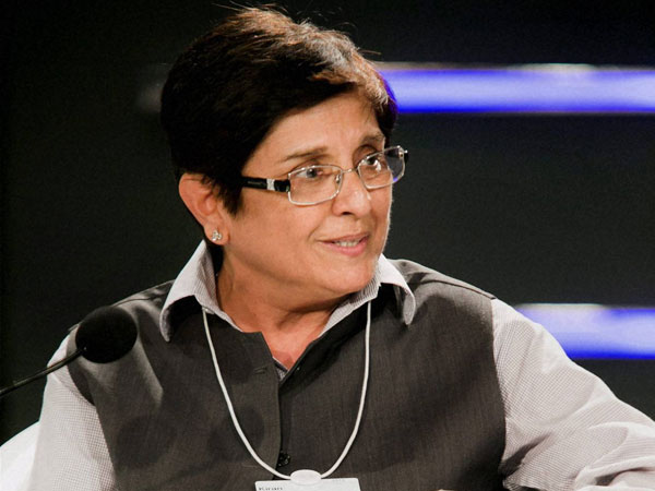 Kiran Bedi shows sportswomanship, jumps over fence at government hospital in Puducherry
