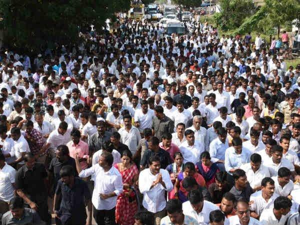 ysrcp-ys-jagan-padayatra-100-constituencies-east-g