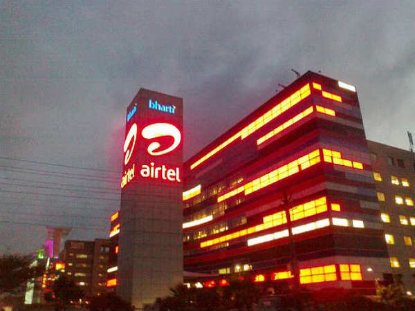 Airtel staff count shrinks by 1,805; 100,000 telecom jobs at risk