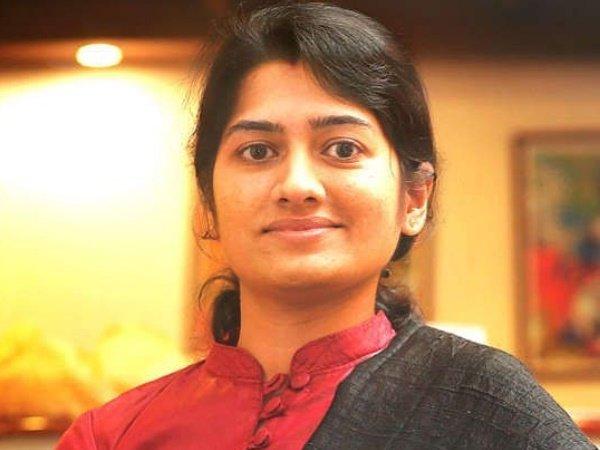 థామస్చాందీ రాజీనామా: ఆ నివేదికే కీలకం, సివిల్స్లో అనుపమకు ఫోర్త్ ర్యాంక్