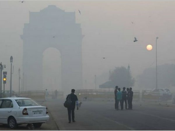 Breathing New Delhi S Air Right Now Is The Equivalent Smoking 45 Cigarettes A Day