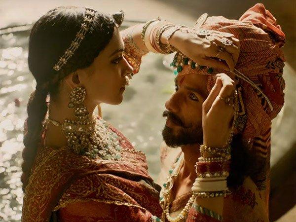 నౌ డేట్: పద్మావతి విడుదల సందేహమే: గుజరాత్ ఎన్నికలే అడ్డంకి?