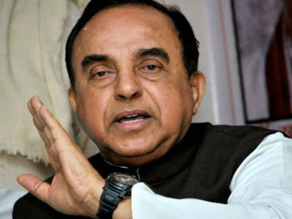 Why no raids on M Kaurunanidhi and kanimozhi says Subramanian Swamy