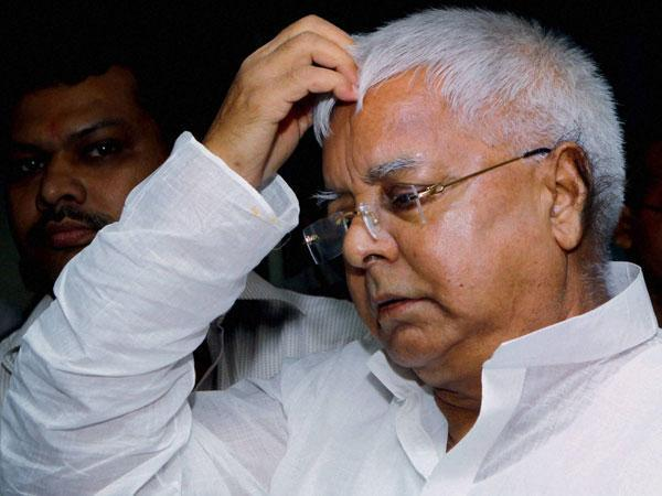 Lalu's kingship intact in jail, spends leisure time with debates over snacks