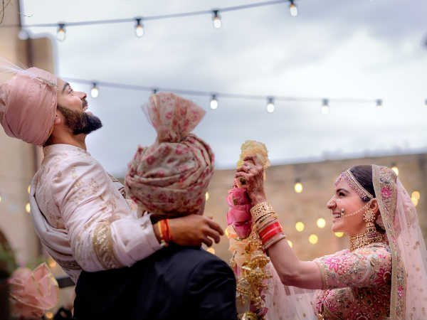 Confirmed! Anushka, Virat are now married