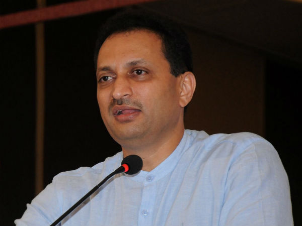 Ananth Kumar Hegde apologises, says 'constitution is supreme to me'