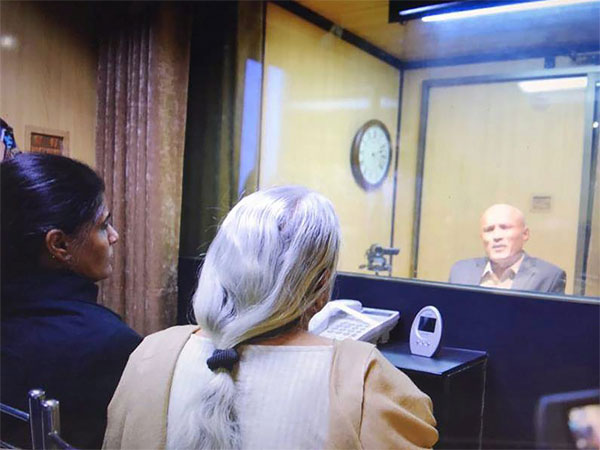 Kulbhushan Jadhav spoke in an atmosphere of coercion at meeting with mother, wife: MEA