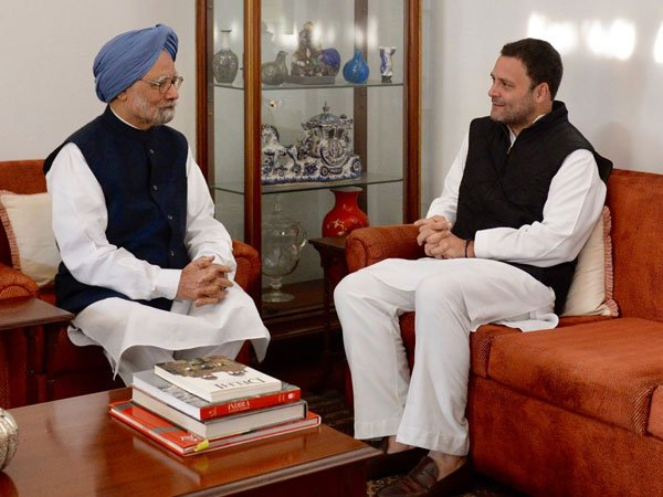 Manmohan Singh calls Rahul Gandhi the darling'of Congress