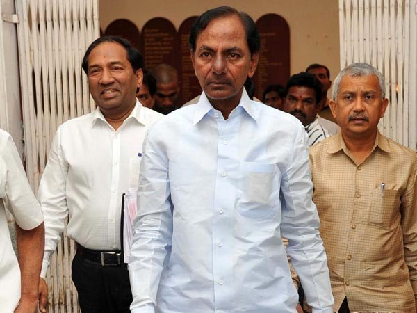 CM KCR inspects Medigadda barrage works