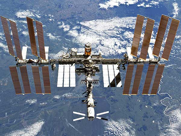 Russia wants to build a five-star luxury HOTEL on the International Space Station by 2022