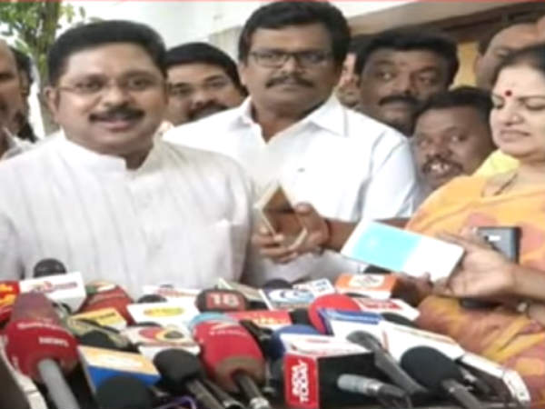 Two MLAs from the AIADMK welcomes TTV Dinakaran in the Assembly