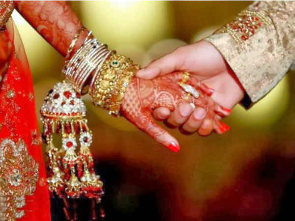 Mumbai Conman Marries Second Wife Same Clothes Gets Caught