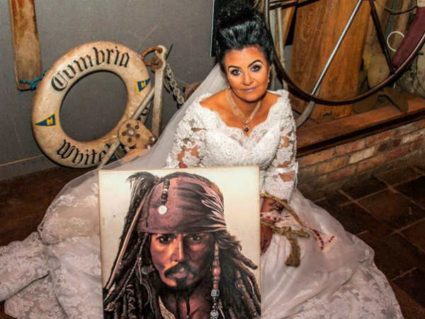I Married Ghost Pirate The Curious Story Amanda Teague Her 300 Year Old