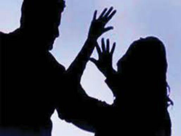 గృహిణిపై భర్త సోదరుల పైశాచిక దాడి...అత్త కూడా...మొత్తం కెమేరా కంటికి చిక్కారు...