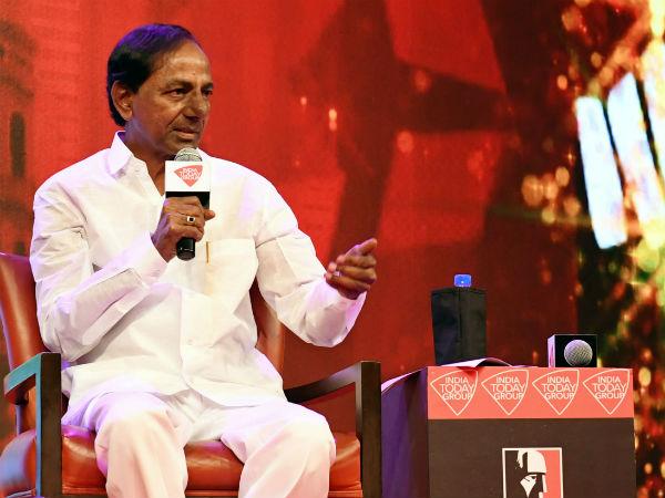 2019లో ఒంటరి పోరే, 50 శాతం రిజర్వేషన్లు సరిపోవు, నా పిల్లల్ని ప్రజలు గెలిపించారు: కెసిఆర్