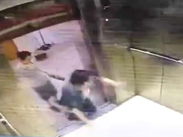Woman in China has her leg cut off by lift doors