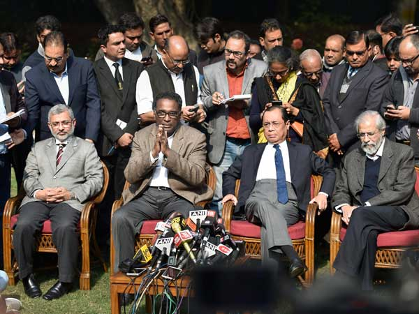 Sc Judges Vs Cji Dipak Misra How Cases Are Allocated Indias Top Court