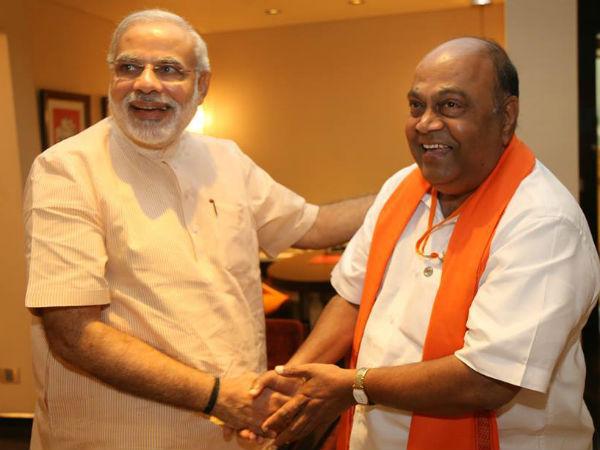 బీజేపీకి షాక్: కాంగ్రెస్లో చేరిన నాగం, ఢిల్లీలో రాహుల్తో భేటీ