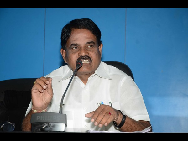 Palle Raghunatha Reddy demand for Special Status to AP