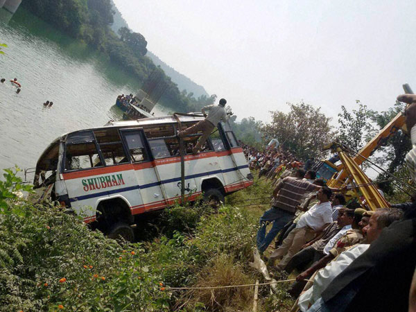 Bus falls off bridge in Bihars Sitamarhi, kills 10