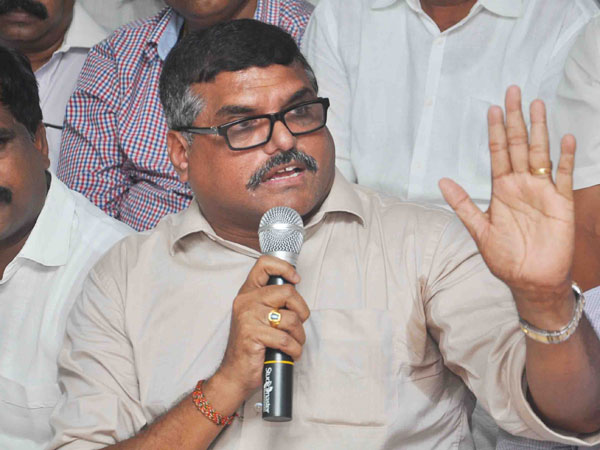 YSRCP will move No Confidence Motion on monday