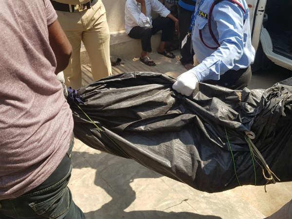 తెలంగాణలో భారీ ఎన్కౌంటర్: 10మంది మావోల హతం,మృతుల్లో హరిభూషణ్